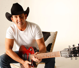 Lee Kernaghan - early career